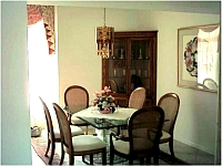 Dining area.    CLICK on small picture to display the full size image. Later CLOSE large picture by CLICKING on (x).